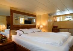 克里斯蒂娜歐納西斯遊艇酒店 - 鹿特丹 - 鹿特丹 - 臥室