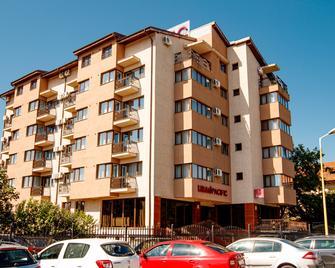 Lira Pacific Aparthotel - Constanţa - Building