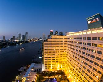 Ramada Plaza by Wyndham Bangkok Menam Riverside - Bangkok