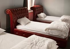 背包客帝國飯店 - 霍巴特 - 臥室
