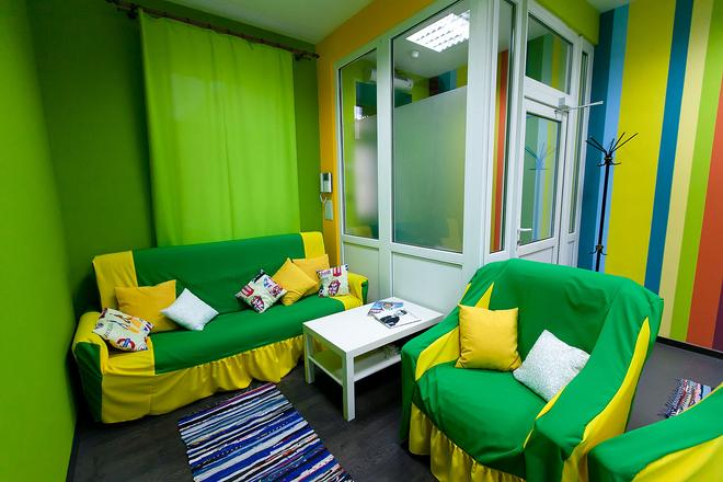 Hostel Teplo - Saint Petersburg - Living room