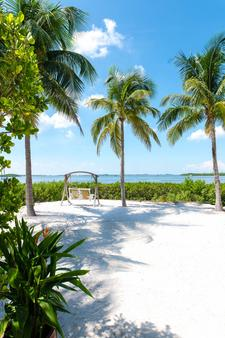 Parrot Key Hotel & Villas - Key West - Beach