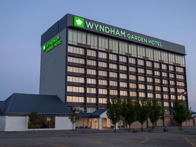 Wyndham Garden at Niagara Falls - Niagara Falls - Building