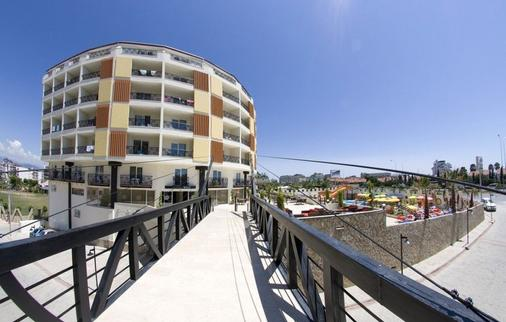 Arabella World Hotel - Alanya - Building