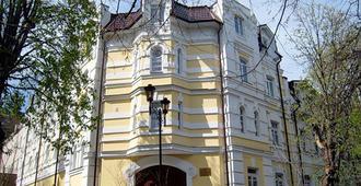 Pansionat Oktyabr - Kislovodsk - Building