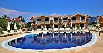 Dalyan Resort Spa - Boutique Class - Dalyan (Mugla) - Gebäude