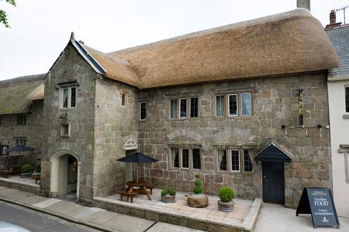 Three Crowns - Newton Abbot - Toà nhà