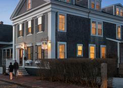 Brass Lantern Inn - Nantucket - Bâtiment