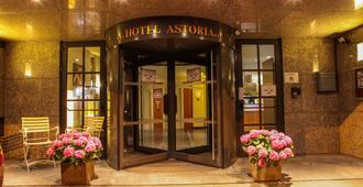 Astoria Hotel - Antwerp - Building