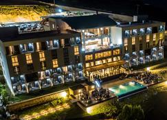 Satama Hotel - Cap-Haïtien - Budynek