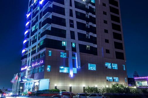 Hala Inn Hotel Apartments - Ajman - Building