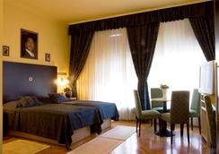 The Movie Hotel - Zagabria - Camera da letto