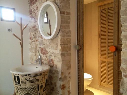 Hotel De La Pinède - Antibes - Bathroom