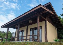 Green View Resort - Vang Vieng - Building