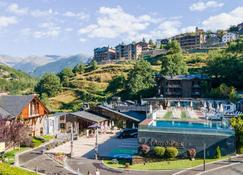 Aparthotel Anyóspark Mountain & Wellness Resort - Anyós - Building