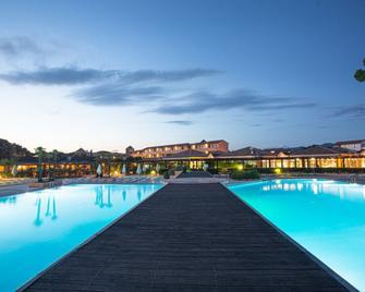 Garden Toscana Resort - San Vincenzo - Pool