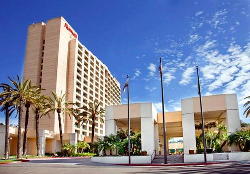 San Diego Marriott Mission Valley - San Diego - Building