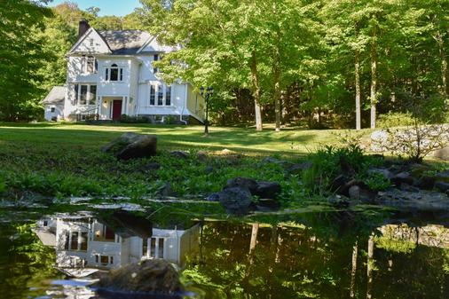 The Pawling House Bed & Breakfast - Pawling - Building