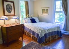 The Pawling House Bed & Breakfast - Pawling - Bedroom