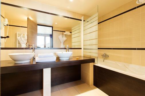 阿爾伯西酒店 - 梅婕芙 - 默熱沃 - 浴室