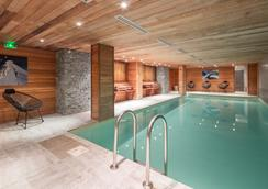 阿爾伯西酒店 - 梅婕芙 - 默熱沃 - 游泳池
