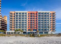 Hampton Inn & Suites Orange Beach/Gulf Front - Orange Beach - Building