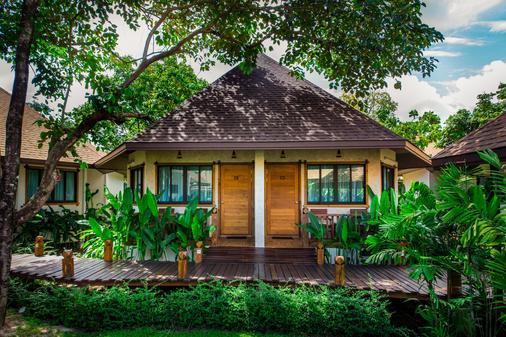 Naiyang Park Resort - Phuket - Makuuhuone