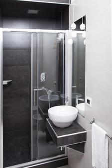 Maison Maneli Luxury B&B - Rome - Bathroom