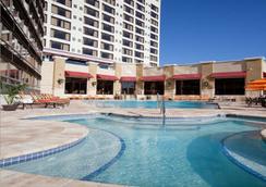 Ramada Plaza by Wyndham Orlando Resort & Suites Intl Drive - Orlando - Uima-allas