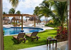 Excellence Playa Mujeres - Adults Only - Cancún - Pool