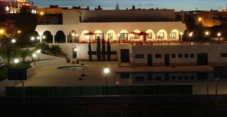 Rialgarve - Faro - Toà nhà