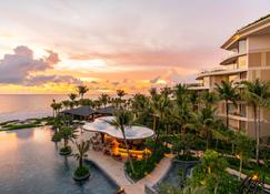 Intercontinental Hotels Phu Quoc Long Beach Resort - Phu Quoc - Building