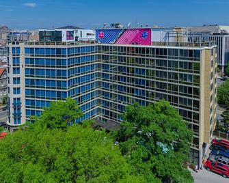 Beacon Hotel & Corporate Quarters - Washington - Building
