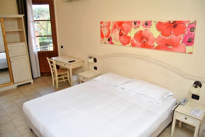 Hotel Sextum - Bientina - Schlafzimmer