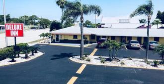 Deluxe Inn - Sarasota - Sarasota - Building