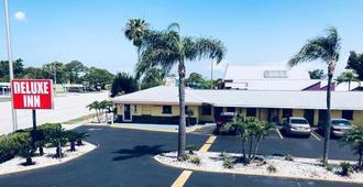 Deluxe Inn - Sarasota - Sarasota