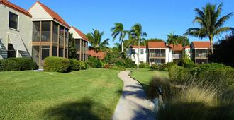 Sanibel Moorings - Sanibel - Building