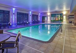 Courtyard by Marriott Bloomington by Mall of America - Bloomington - Pool