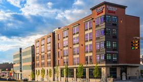 Fairfield Inn & Suites by Marriott Boston Cambridge - Cambridge - Gebäude