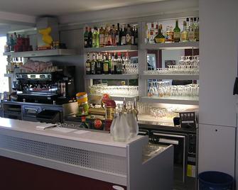 Hotel le Belvédère - Moustiers-Sainte-Marie - Бар