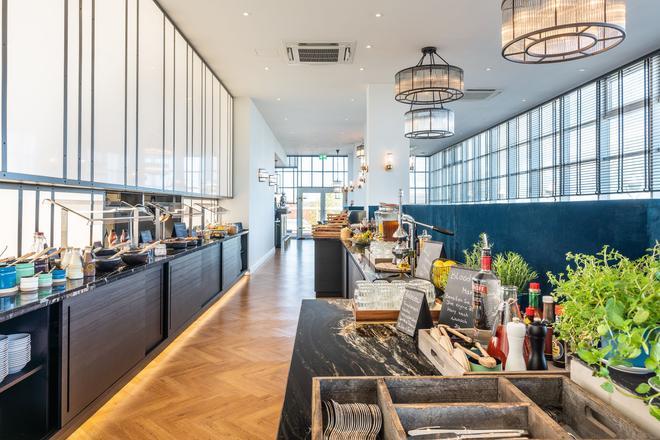 特里普溫德姆阿爾貝克斯特朗德酒店 - 赫陵斯多夫 - 塞巴特黑靈斯多夫 - 自助餐