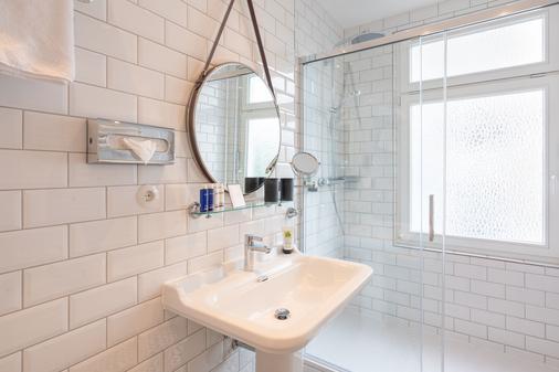特里普溫德姆阿爾貝克斯特朗德酒店 - 赫陵斯多夫 - 塞巴特黑靈斯多夫 - 浴室