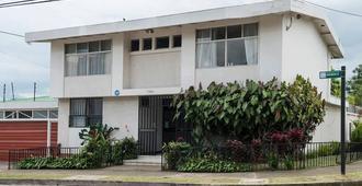 Casa Jardin Del Mango - San José - Edificio