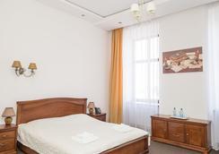 Guest House Adam Mickiewicz - Lviv - Bedroom