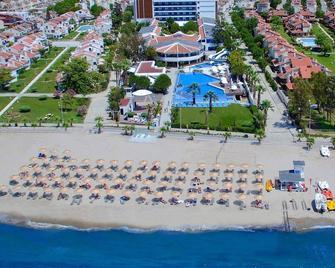 Flora Garden Ephesus Hotel - Davutlar - Beach
