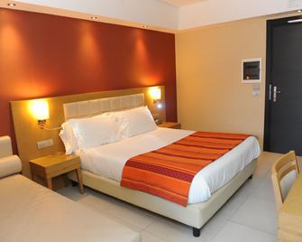 Hotel Ristorante La Campagnola - Cassino - Schlafzimmer