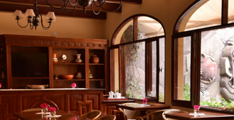 Villa Vicuna Wine & Boutique Hotel - Cafayate - Dining room