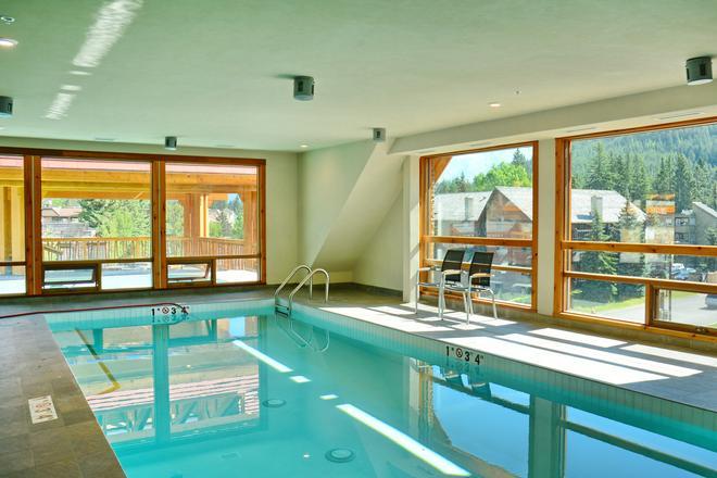莫斯套房酒店 - 班夫 - 班夫 - 游泳池
