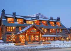 Fox Hotel And Suites - Banff - Edificio