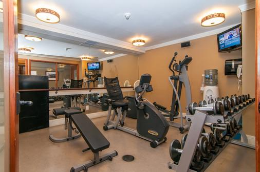 Fox Hotel and Suites - Banff - Gym